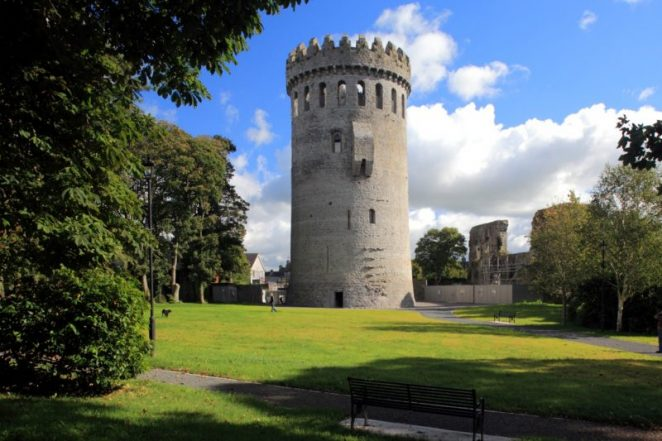 Derg Creative Web Design - Nenagh Castle